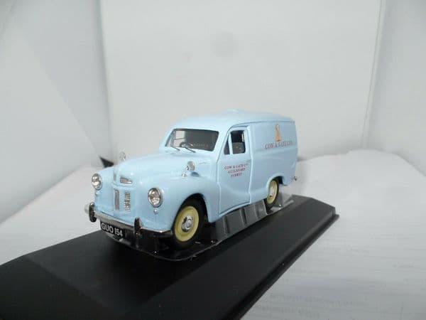 Corgi Lledo Vanguards VA00319 1/43 Scale Road Traders Austin A40 Van Cow & Gate  Mint Boxed